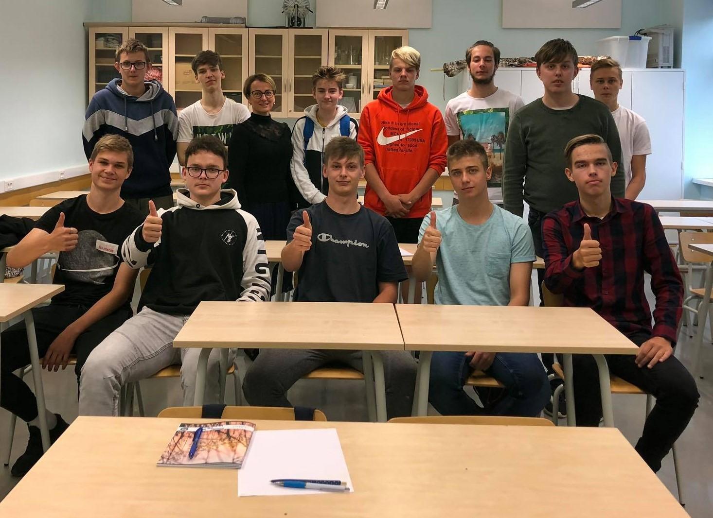 Jana Koel koos õpilastega